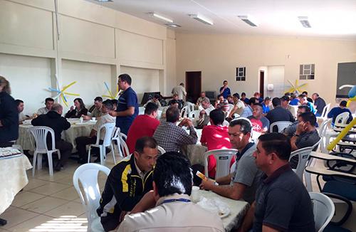 Proteção de São Cristóvão: Pérola do Oeste comemora dia do motorista com seus colaboradores