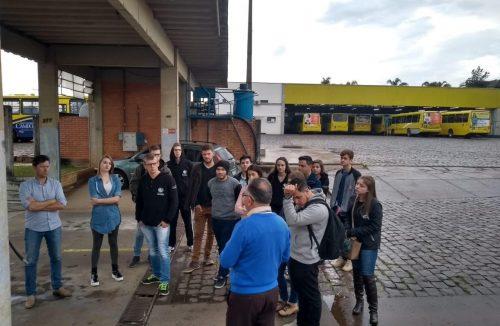 Pérola recebe alunos de engenharia para visita técnica